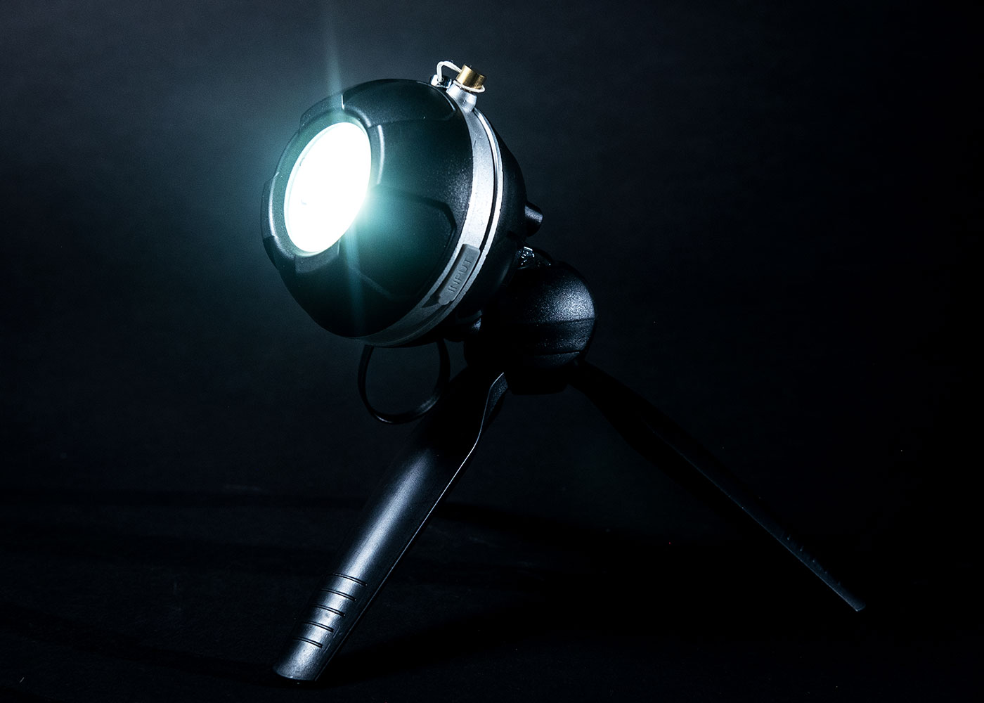 Ultralight mico led torch floodlight with tripod product photography