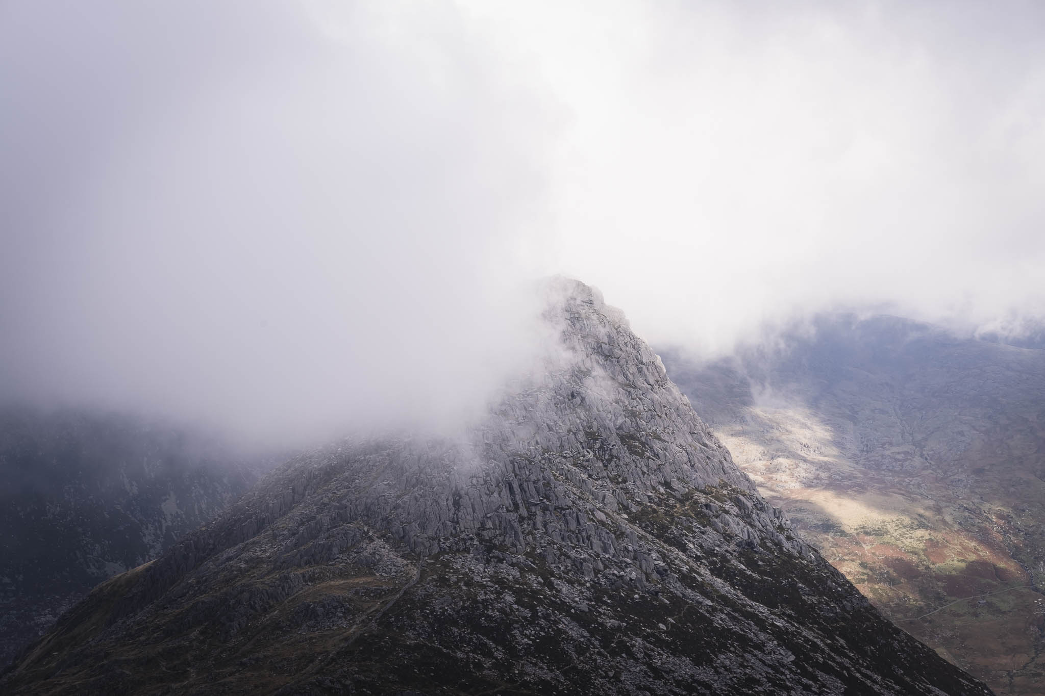 Backpacking around Tryfan in Snowdonia