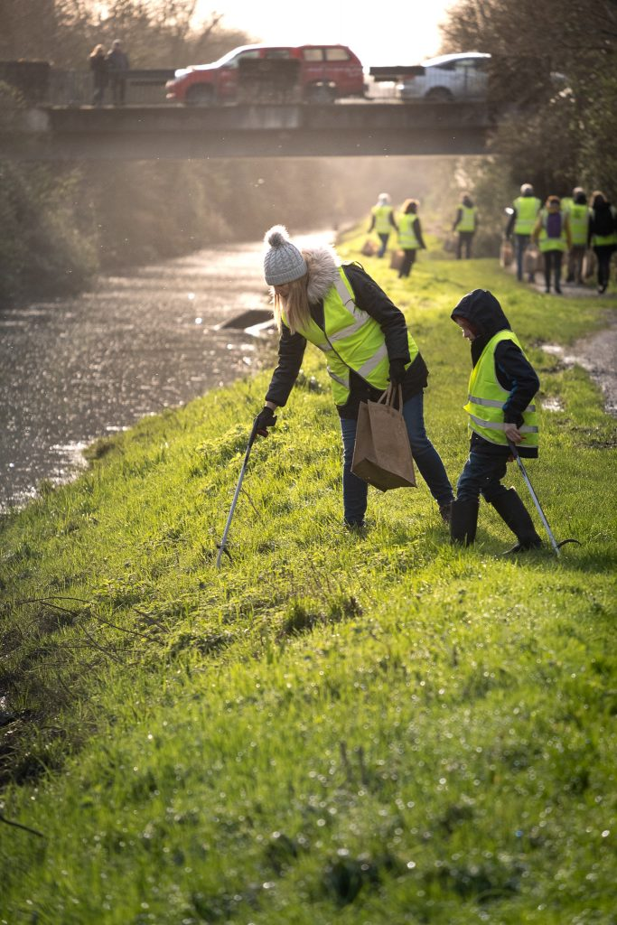 Picking litter in a Portishead suburban area